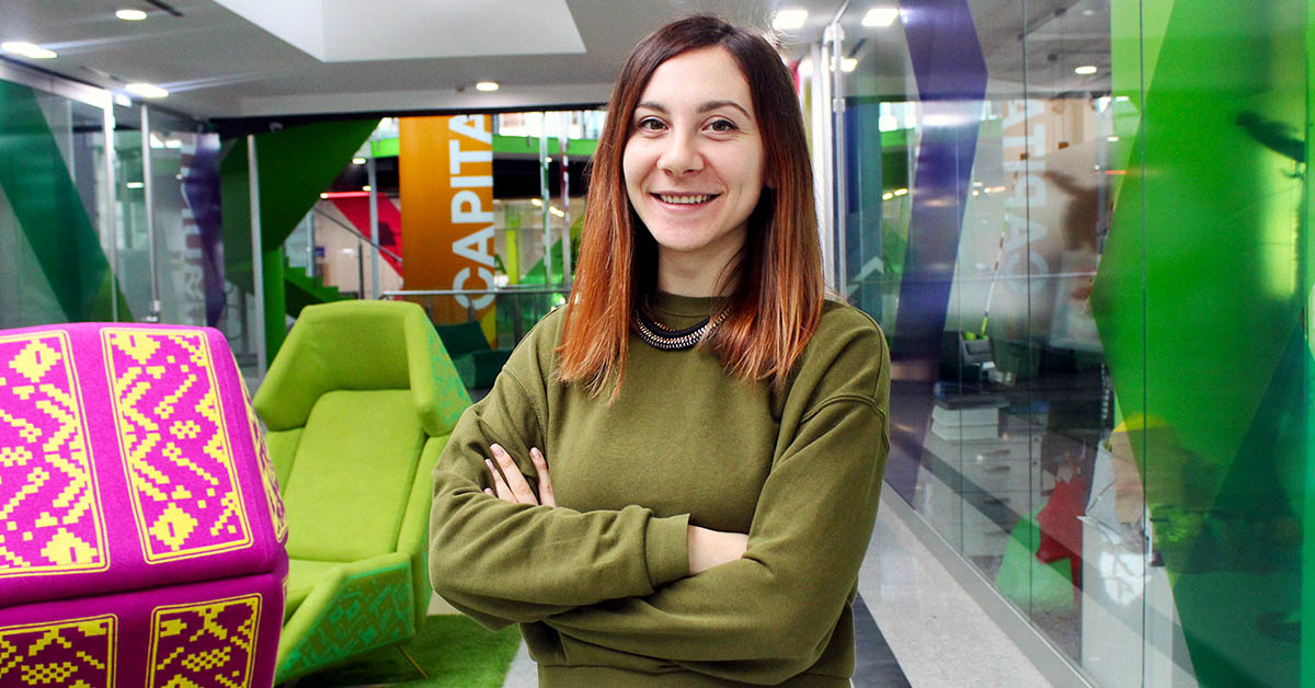 Picture of Petya in the lobby of Campus X