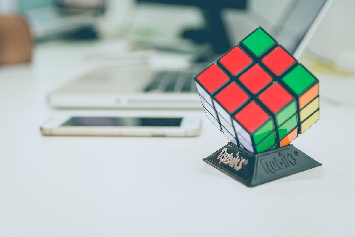 Rubik-cube-Telerik-Academy-School-1200px