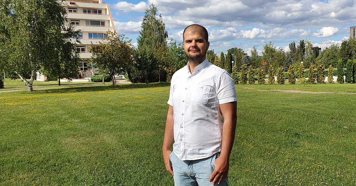 Photo of Stanimir Telerik Academy Upskill React Lead Trainer in front of a building